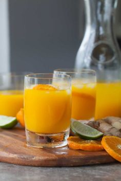 Start your day off right with a glass of spicy sweet tangerine turmeric tonic. This little tonic has been a saving grace for me these past few weeks. Its what Ive been sipping to put some sprin Health Drinks Recipes, Health Snacks, Healthy Drinks, Healthy Dinner Recipes, Juice Recipes, Detox Drinks, Healthy Juices, Honey Recipes, Eat Healthy