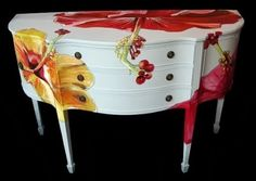 This decoupage technique is fast and easy and makes a great first time decoupage project. But it's also a great technique for the more experienced decoupage Painted Chairs, Hand Painted Furniture, Funky Furniture, Paint Furniture, Repurposed Furniture, Furniture Projects, Furniture Making, Furniture Makeover, Decoupage Furniture