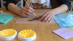 How to Make a Gumpaste Sunflower - YouTube