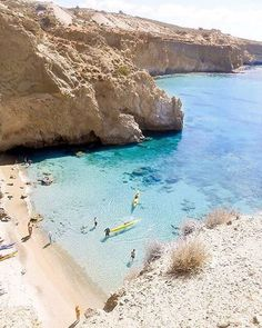 Amazing Tsigrado beach , at Milos island (Μήλος). The island with the most beautiful and unforgettable beaches to explore and enjoy the summer sun ☀️.