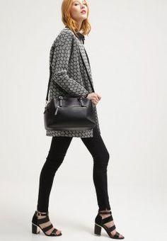 Even&Odd - Håndveske - black Even And Odd, Chanel Boy Bag, Shoulder Bag, Boys, Accessories, Black, Fashion, Purse, Baby Boys