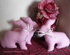 Pink bunnies... ooo !!