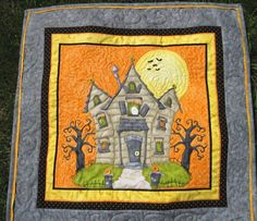 haunted house halloween quilt | Quilted Halloween Wall Hanging Haunted House by KellettKreations, $35 ...