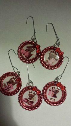 Bottle cap ornaments!!