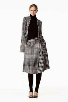 Discover the Collection Only Fashion, Love Fashion, Runway Fashion, Womens Fashion, Sunday Best Attire, Skirt Fashion, Fashion Dresses, Fall Fashion Trends, Carolina Herrera