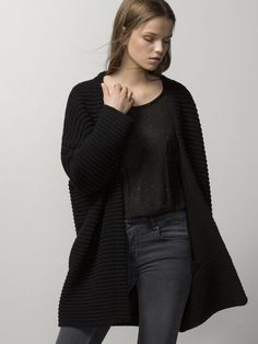 STRUCTURED COAT WITH POCKETS