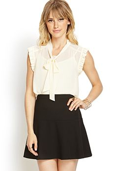 ruffle sleeved tie front blouse