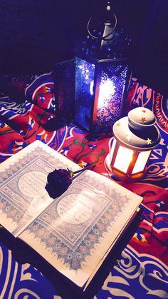 Ramadan Cards, Eid Cards, Ramadan Gifts, Quran Wallpaper, Islamic Wallpaper, Tumblr Wallpaper, Quran Karim, Quran Book, Mickey Mouse Wallpaper