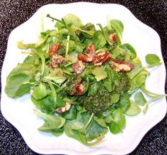 Mache Salad with Spinach Vinaigrette and Mapled Pecans
