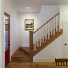 Cottage Stairs Design, Pictures, Remodel, Decor and Ideas Cottage Staircase, Small Staircase, Farmhouse Stairs, Modern Staircase, Staircase Design, Stair Design, Staircase Ideas, Attic Stairs, Stair Idea