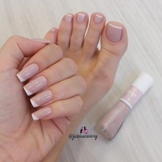 Discover new and inspirational nail art for your short nail designs. Acrylic Toe Nails, Pink Toe Nails, Simple Toe Nails, Toe Nail Color, Cute Toe Nails, Feet Nails, Nude Nails, Toe Nail Polish, Nail Colors