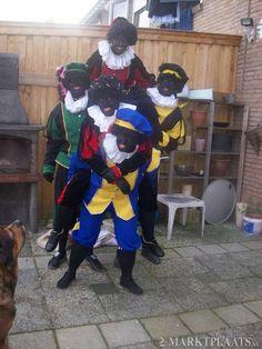 visit from 2 zwarte pieten