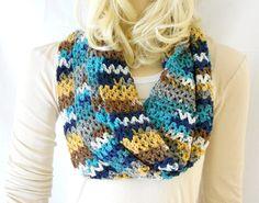 Blue Infinity Scarf Crochet Infinity Scarf Cowl by Schalrausch, €24.00