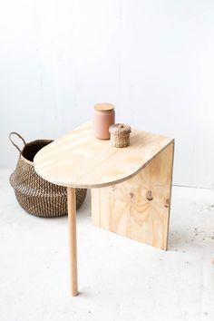 A simple tutorial for a modern plywood side table. Click through for the DIY! A simple tutorial for a modern plywood side table. Click through for the DIY!