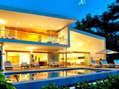 So, you might have worked a lot and would like to choose the best luxury homes of all time. And the ones, located in Los Suenos are just like straight from the picture.