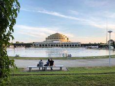 Wieczór na Pergoli #wroclaw #wrocław #polska #poland #wroclove #wroclovers #mrwroclover#pergola #halastulecia #halaludowa #sunset #evening #sunset_pics #sunset_vision #architecture
