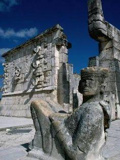 Photographic Print: Mayan Ruins at Chichen Itza Site, Chichen Itza, Yucatan, Mexico by Eric Wheater : 24x18in