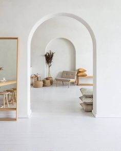 Simple, timeless, and made to last, create bespoke furniture that embodies clean and minimalist design, a signature style Interior Minimalista, Design Minimalista, Interior Design Blogs, Interior Decorating, Minimalist Interior, Minimalist Home, Minimalist Design, Minimalist House Furniture, Bespoke Furniture