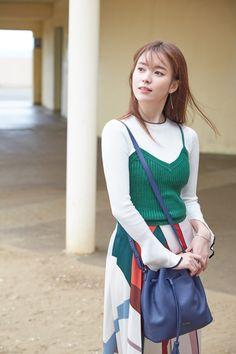 Han Hyo-joo (한효주) - Picture @ HanCinema :: The Korean Movie and Drama Database Asian Actors, Korean Actresses, Korean Actors, Actors & Actresses, Brilliant Legacy, Han Hyo Joo, Korean Star, Film Awards, Beautiful Asian Women