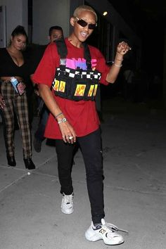 9 ways to master the weird world of menswear like the rapper, actor, and water entrepreneur, Jaden Smith Jaden Smith Fashion, Will Smith And Family, Willow Smith, Zendaya Coleman, 90s Outfit, Guys And Girls, Streetwear Fashion, Street Wear, Menswear