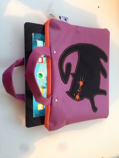 Cat Ipad bag made by ZsurigoWorks.
