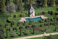 Manor d'Eyrignac is a 17th century manor house in Salignac-Eyvigues, in the Dordogne department of France, surrounded by a recreated 18th century Italian Renaissance garden and an elaborate topiary garden...