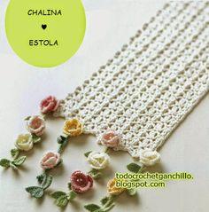 Estola crochet con flecos de flores