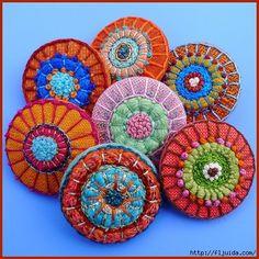 Самодельные петельки, кнопочки, пуговицы и узелочки. 9ba6eca428b28d4a3b88e1ff6e1b9eab (450x450, 226Kb)