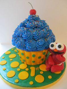 Giant Cupcake Smash cake & Elmo Figurine - *