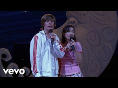 """We're breaking free! 🎶 Watch Zac Efron and Vanessa Hudgens perform """"Breaking Free"""" in the official music video from High School Musica. High School Musical Quiz, Gabriella High School Musical, Zac Efron Vanessa Hudgens, Zac Efron And Vanessa, Disney Songs, Disney Music, Troy And Gabriella, Disney Channel Stars, Break Free"""