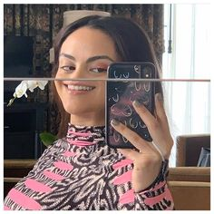 netflix shows to watch for kids Kj Apa Riverdale, Riverdale Aesthetic, Riverdale Funny, Riverdale Memes, Riverdale Cast, Kylie Jenner, Camila Mendes Veronica Lodge, Camila Mendes Riverdale, Riverdale Veronica