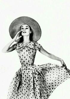 Photo Richard Avedon, Harper's Bazaar mai 1957.