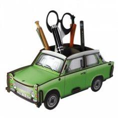 Portalápices Trabant 601 verde. Disponible en Blaubloom.com