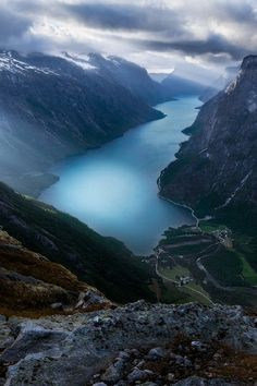 Eikesdalsvatnet, Norway. Håkon Nygård.