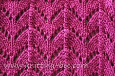 "#Knitting_Stitch - ""Horseshoe #Lace  pattern - Many years ago I made a simple summer top in this stitch & I still love to wear it. It's a gorgeous stitch that's much easier to knit than you might think. Try it out!"" comment via #KnittingGuru"