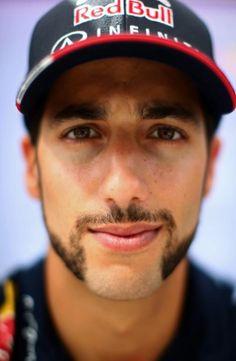 Ricciardo F1, Daniel Ricciardo, F1 Drivers, Wallpaper Ideas, Random Thoughts, Vroom Vroom, Guys, Engine, Outfit