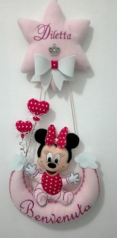 Minnie Baby, Minnie Mouse, Baby Co, Baby Shower, Baby Scrapbook, Sewing Projects, Banner, Arts And Crafts, Baby Mobiles