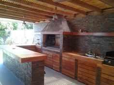 backyard design – Gardening Tips Outdoor Kitchen Bars, Outdoor Oven, Outdoor Kitchen Design, Outdoor Cooking, Patio Design, House Design, Outdoor Kitchens, Parrilla Interior, Restaurant Exterior