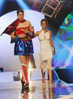 Cheryl Cole and Greg James | Check Out All The Celebrities Who Attended The 2014 Radio 1 Teen Awards