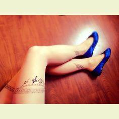 Meia calça tattoo- 30,00. Tam.P- veste quadril de 85 a 98cm/ comprimento- de 1,40cm a 1,70cm. 3 peças. Tights tatoo