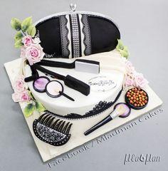 Shik Lady Cake
