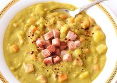 Downton Abbey's Split Pea Soup – Mrs. Patmore's gourmet recipe for split pea and ham soup served at the castle. GET THE RECIPE Split Pea Soup submitted by Kitchen Nostalgia Slow Cooker Recipes, Gourmet Recipes, Crockpot Recipes, Soup Recipes, Cooking Recipes, Recipies, Easy Recipes, Pea And Ham Soup, Pea Soup
