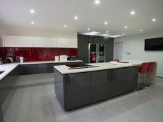 Flint Grey Kitchen With Grey Wood Worktop Google Search Σχέδιο - Grey kitchen white worktop