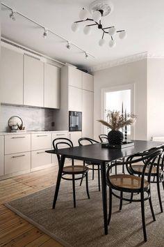 Kitchen Furniture, Kitchen Interior, Kitchen Decor, Apartment Interior, Apartment Design, Interior Design Inspiration, Home Interior Design, Küchen Design, House Design