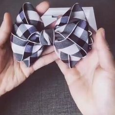 Making Hair Bows, Diy Hair Bows, Fabric Hair Bows, Diy Ribbon, Ribbon Bows, Ribbon Crafts, Ribbons, Sewing Crafts, Sewing Projects