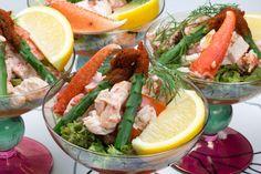 Lobster cocktail (Hummercocktail) Seafood Cocktail, Cocktail Recipes, Cocktails, Fish Recipes, Gourmet Recipes, Healthy Recipes, Swedish Recipes, Scandinavian Food, Hummer