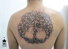Rodrigo Tas: Tree