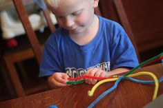 A Halloween Beaded Spider Craft for Kids - hands on : as we grow
