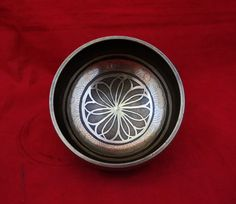 Tibetan Om Mantra Auspicious Conch Flower Small Brass Healing Singing Bowl free • $15.99 - PicClick