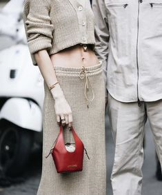 Bucket Bag, Chloe, Crop Tops, Bags, Fashion, Handbags, Moda, Fashion Styles, Pouch Bag
